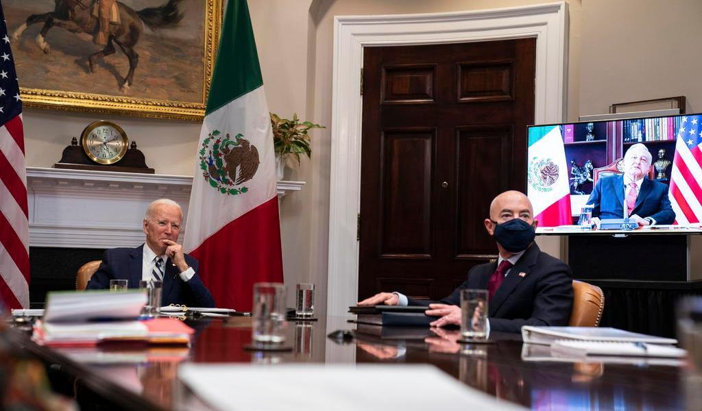 Casa Blanca niega compromiso de Biden con AMLO sobre vacunas