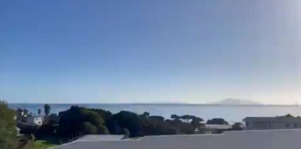 Nueva Zelanda mantiene sus costas evacuadas por alerta de tsunami tras sismos
