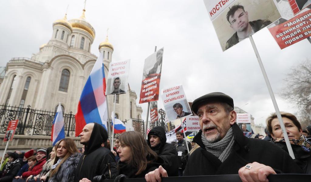 Ley rusa causa desmantelamiento de grupo de derechos humanos