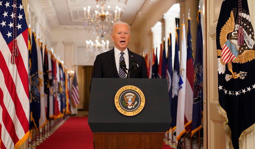 Todos los adultos de EUA podrán vacunarse contra COVID-19 desde 1 mayo: Joe Biden