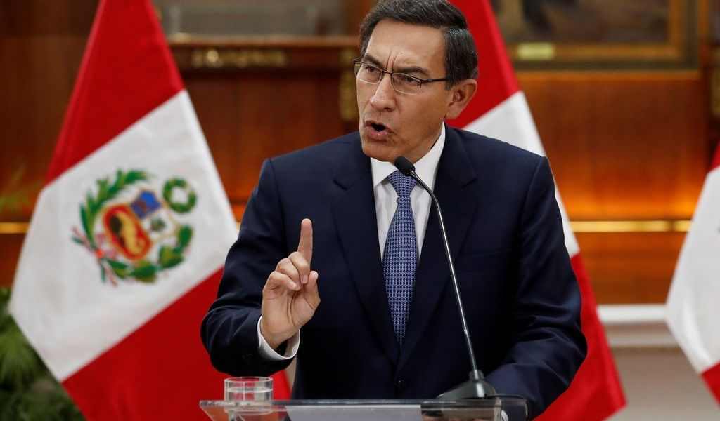 Evalúan en Perú cárcel para expresidente Martín Vizcarra