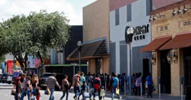 En California, cientos de menores indocumentados llegan a albergue de emergencia