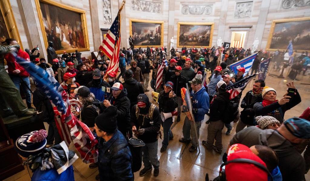 Detienen a otro presunto participante en toma del Capitolio de EUA