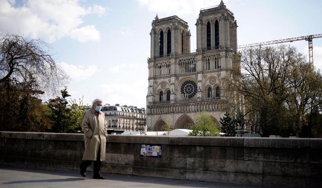 Avanza Notre Dame hacia su reconstrucción tras dos años de incendio