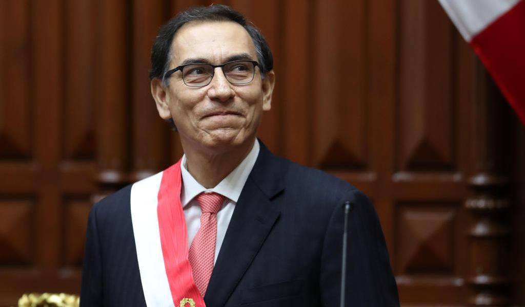 Da positivo a COVID Martín Vizcarra, expresidente del Perú