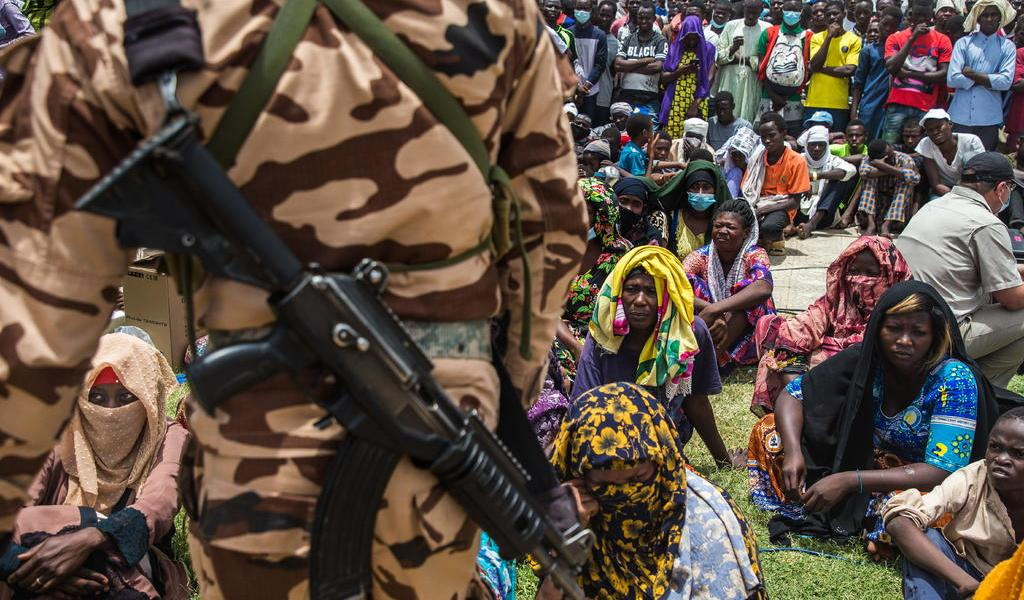 Junta militar nombra primer ministro pese a rechazo de oposición en Chad