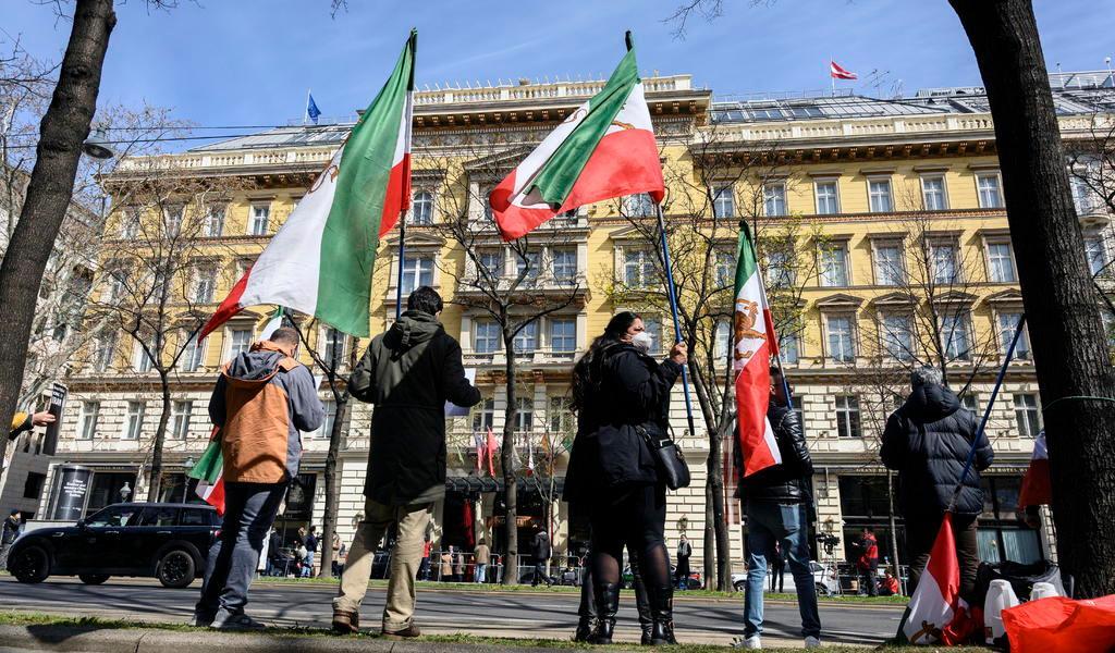 Países del pacto nuclear con Irán deciden acelerar el proceso negociador