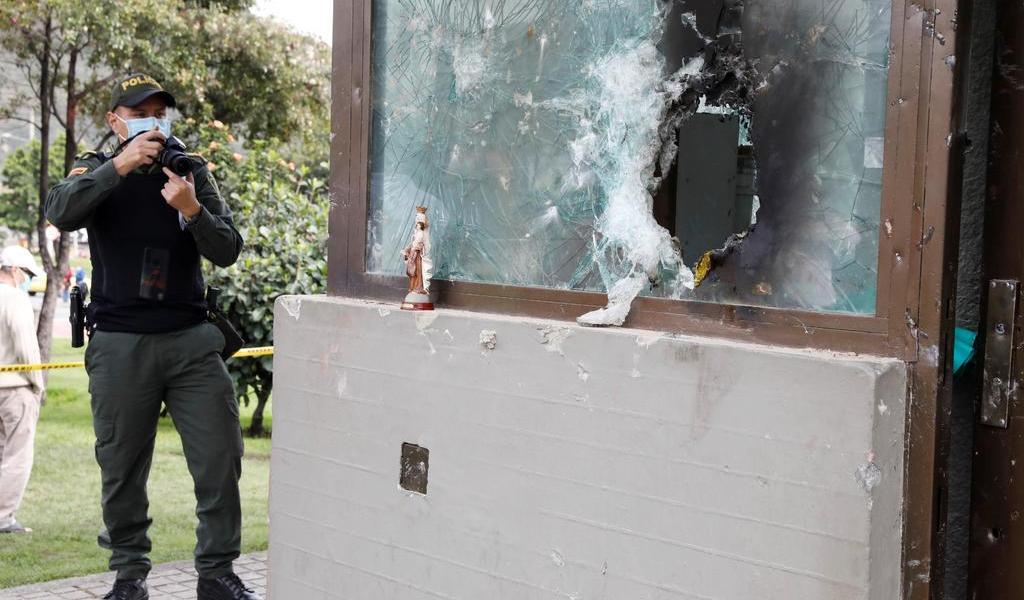 Noche de ataques a la Policía deja 91 heridos en Bogotá