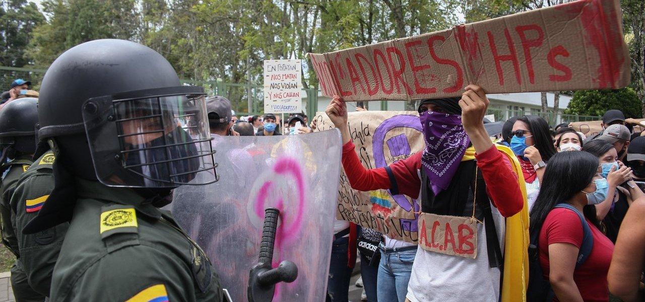 'Ejército de Colombia no tiene tentaciones autoritarias en protestas'