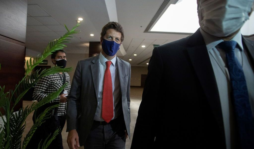 Indagan a ministro de Brasil por tráfico ilegal de madera