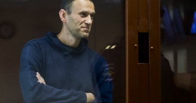 Rusia cierra el paso a elecciones a oposición de Navalni