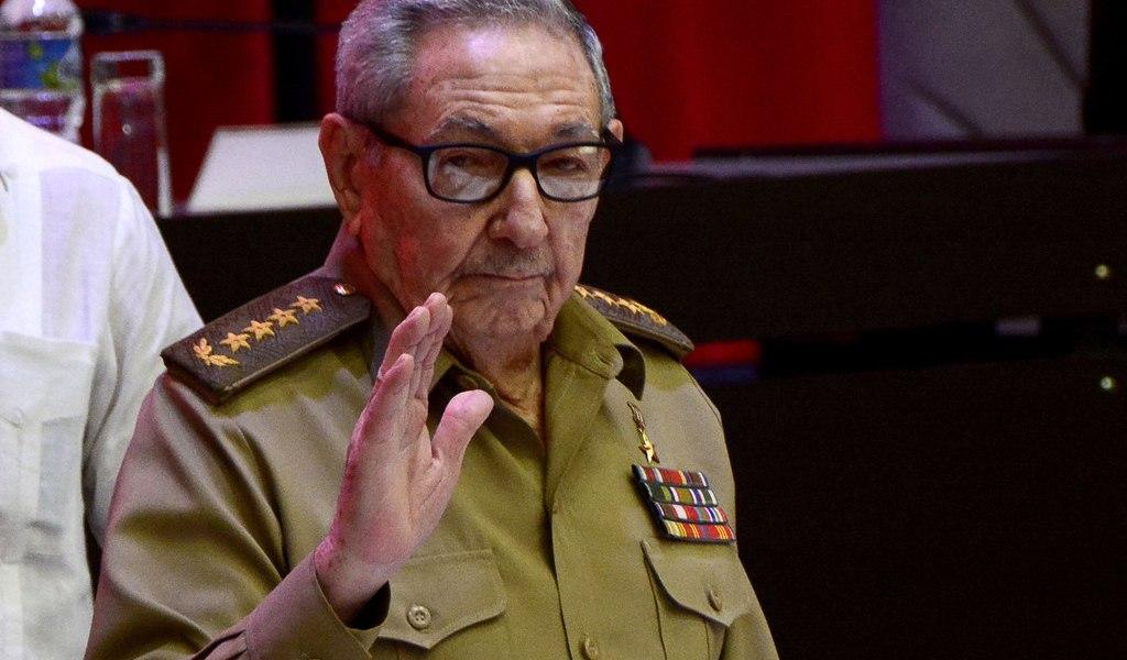 Castro, con 90 años y 'retirado' de la política