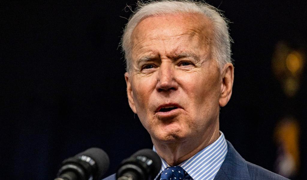 Joe Biden quiere que México haga más para detener a migrantes que cruzan a EUA, indica medio