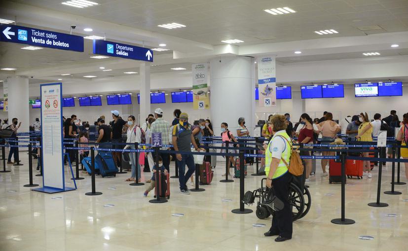 Cancún: Registran más de 91 mil visitantes vía aérea en primer mes de reactivación