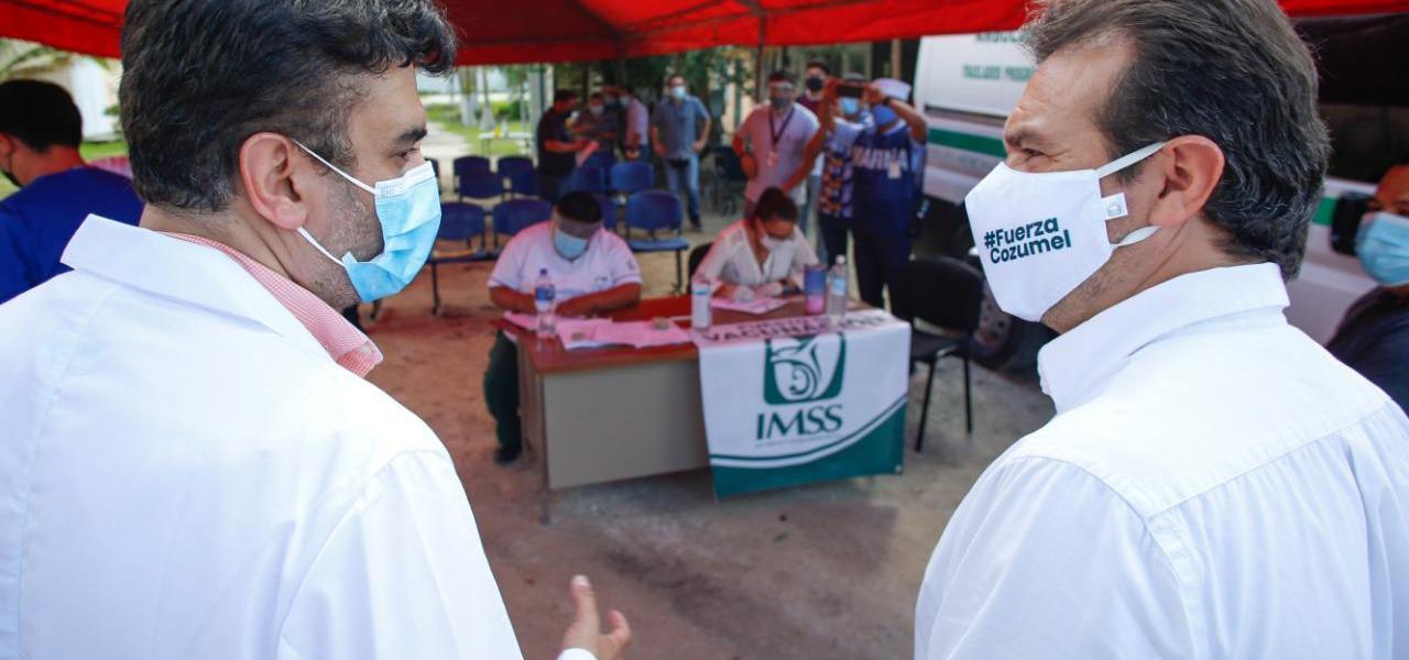 Supervisa Pedro Joaquín el arranque de la jornada de vacunación contra el Covid-19 en Cozumel