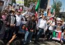 Morenistas hostigan a la Caminata por la Paz en el Zócalo
