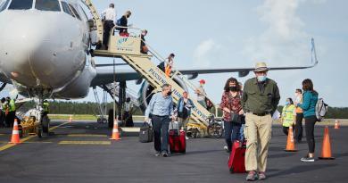 Seguimos con paso firme la reactivación económica y turística con el fortalecimiento de la conectividad aérea de Cozumel: Pedro Joaquín