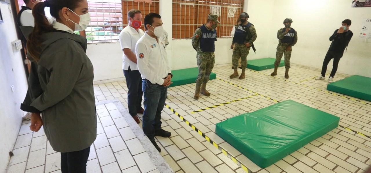 AUTORIDADES SUPERVISAN REFUGIOS TEMPORALES EN CANCÚN