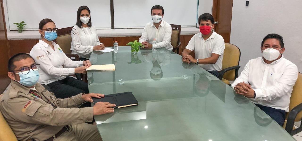 Destaca Pedro Joaquín trabajo coordinado con la SESA para proteger la salud de los cozumeleños