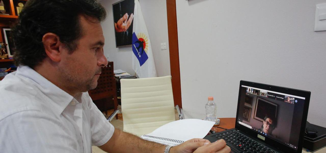 Ante autoridades de Relaciones Exteriores y la Unesco, presenta Pedro Joaquín acciones para conservar el medio ambiente en Cozumel