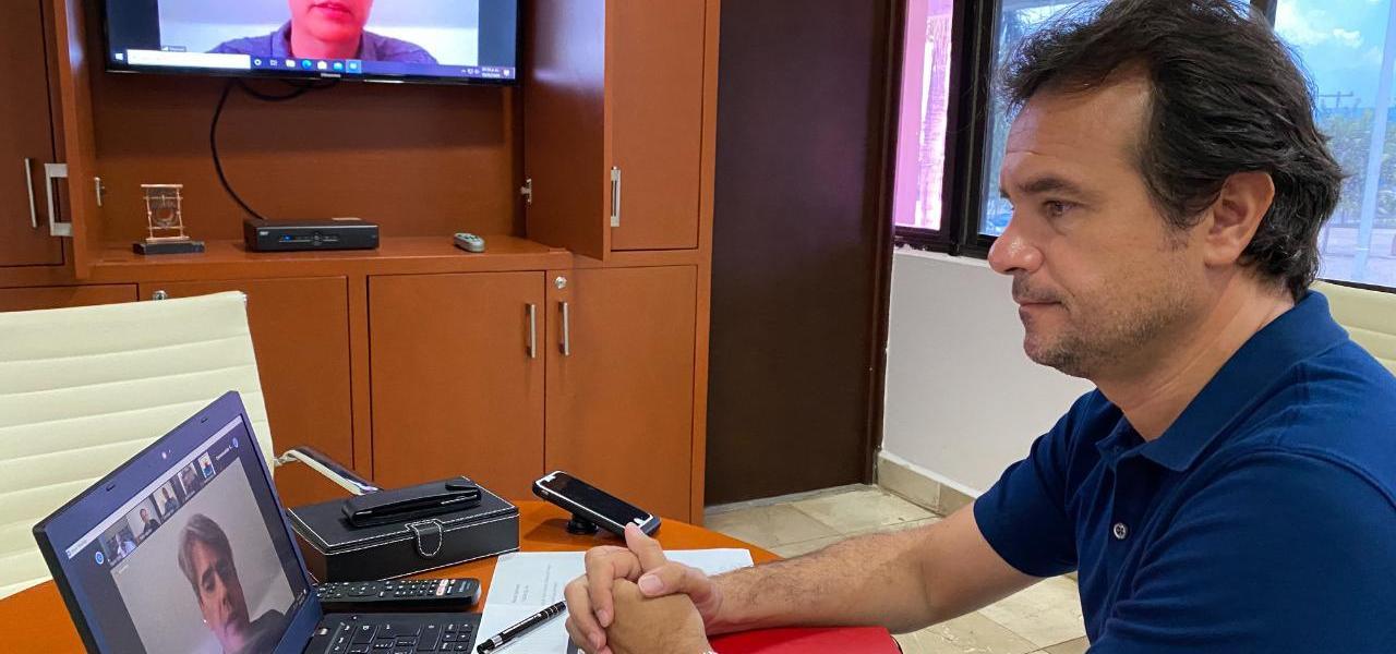 Se reúne el Presidente Municipal de Cozumel Pedro Joaquín con directivos de Southwest Airlines