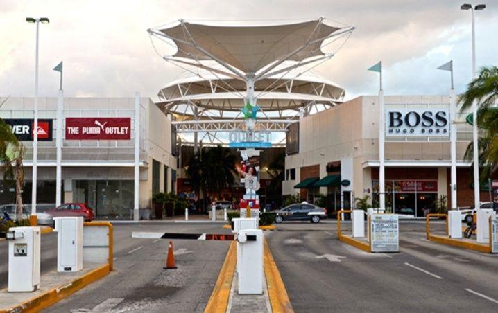 Plazas comerciales en Cancún están a unos días de su reapertura ¡Por fin!