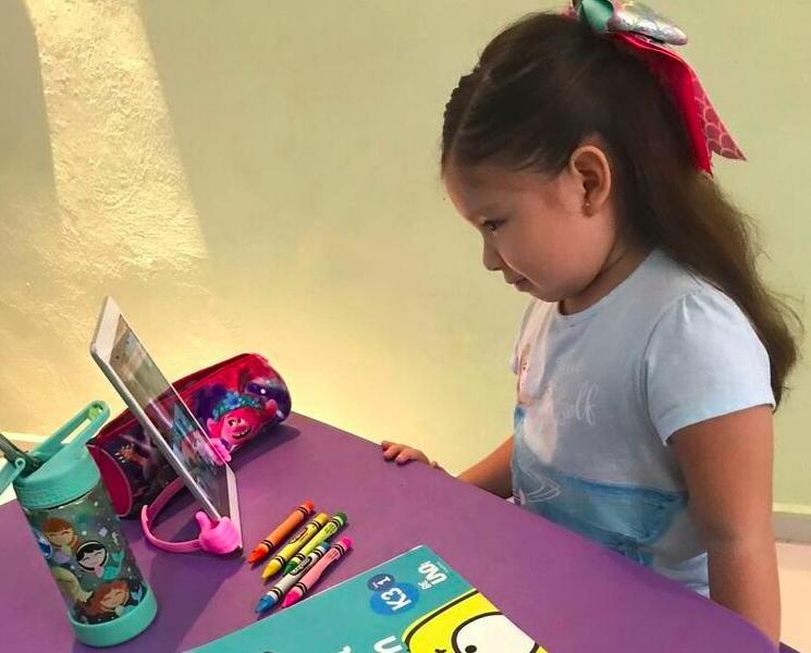 Convivir con sus amigos, lo que más extrañan los niños en clases virtuales