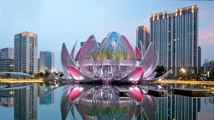 """Выставочный центр """"Лотос"""" в городе Чанчжоу (Китай)"""