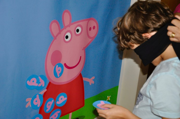 pinning the tail on peppa