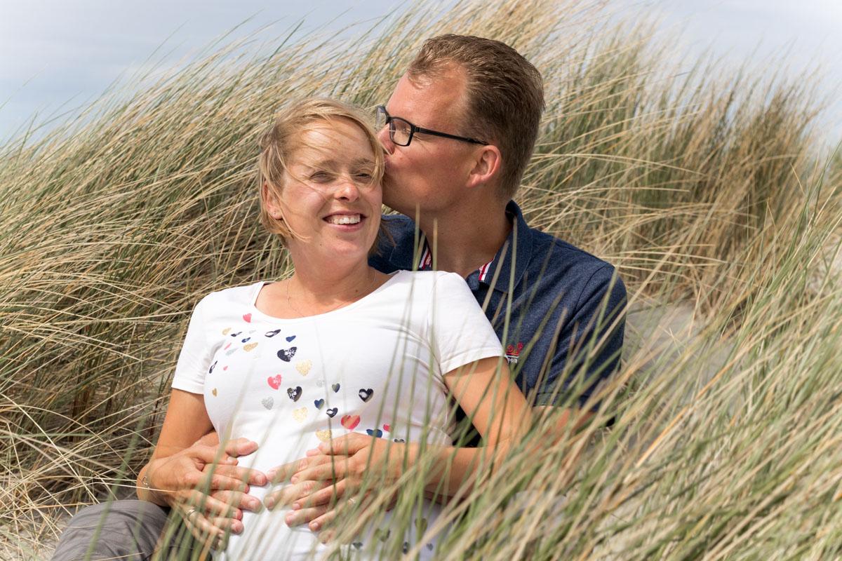 zwangerschapsfotoshoot zeeland zwangerschap fotografie zeeland