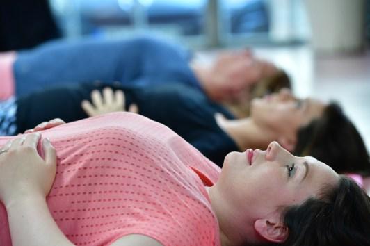 Wie trainiere ich meinen Beckenboden gegen eine Blasenschwäche nach der Geburt