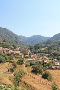 Village on the way to Sóller