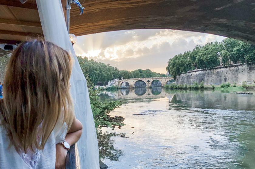 Blick über den Tiber in Trastevere