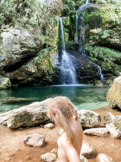 Planschen am Wasserfall