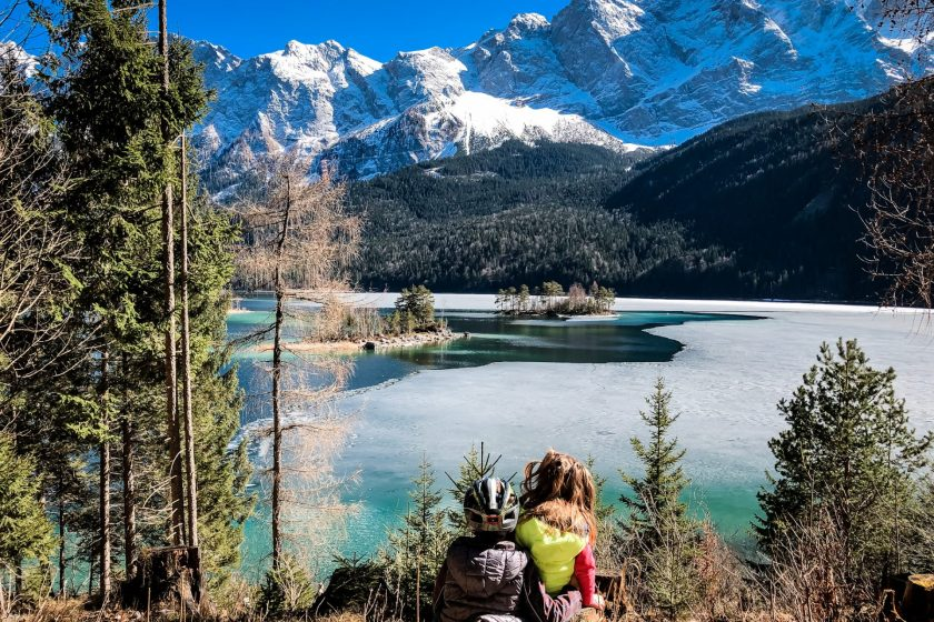 Eibsee hike with children
