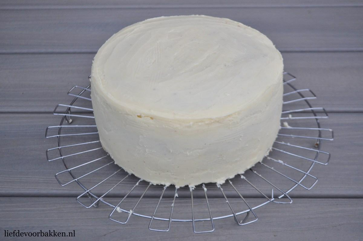 Basisrecept voor stevige chocolade ganache (voor het afsmeren van een taart)
