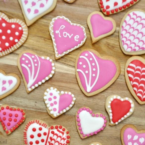 Valentijnskoekjes versierd met Royal Icing