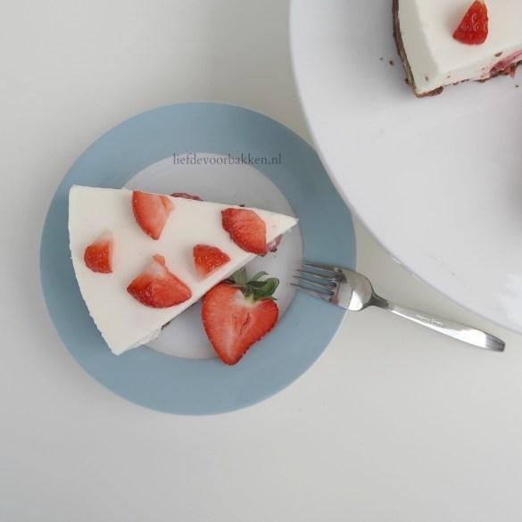 Aardbeien yoghurttaart
