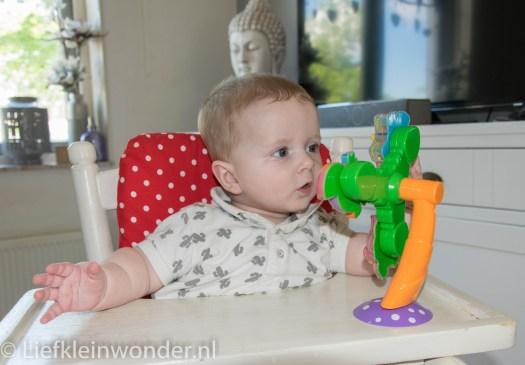 Jayden 24 weken oud kinderstoe