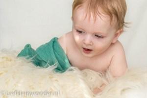 Jayden als newborn tijdens newborn shoot