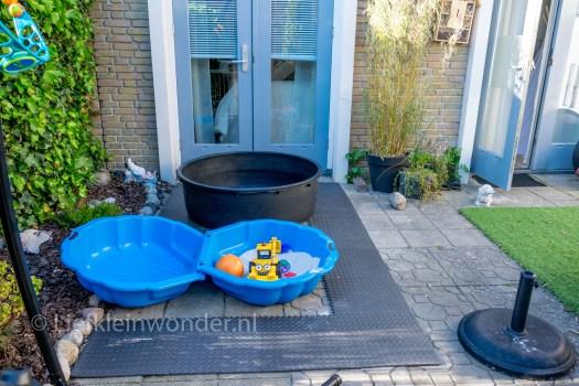 Action hack foam puzzelmatten buiten onder zandbak en zwembad