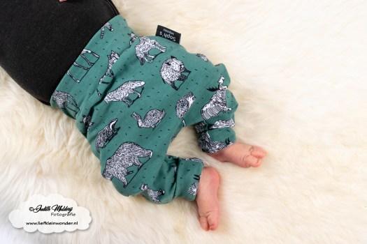 www.liefkleinwonder.nl brandrep newborn model baby soph's baby en kids handgemaakt babykleding kinderkleding twinning Green fantasy dieren beestjes