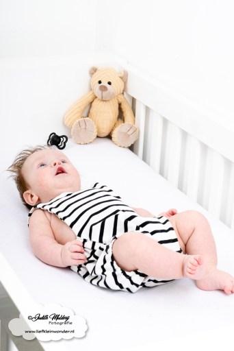 Hip by bengel salopette romper zwart wit streep baby newborn Finley blog aankopen kopen review mama blog www.liefkleinwonder.nl lifestyle