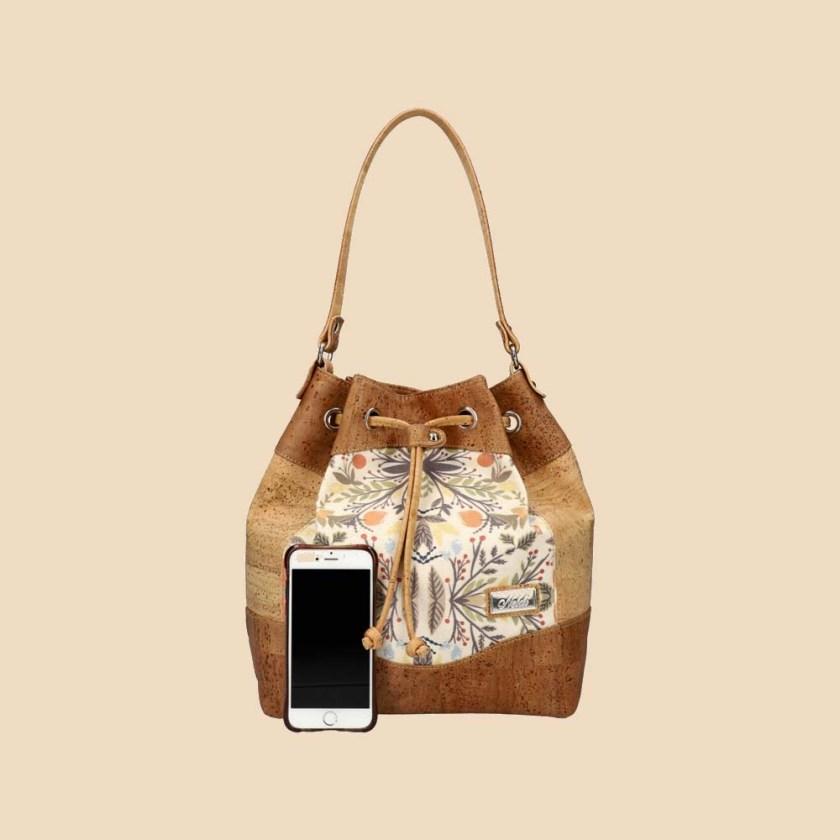 Sac à main en liège modèle Zoé vue téléphone couleur naturel fleurs