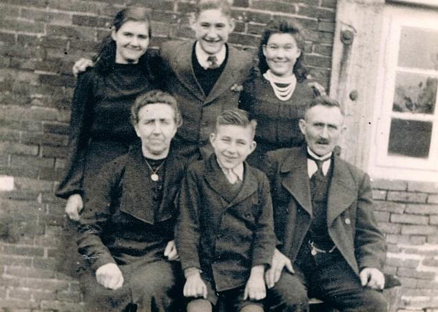 Rudolf Tellmann und Familie, ca. 1941/1942