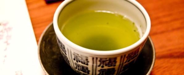 元気で美しい女性の味方!すごすぎる緑茶の力