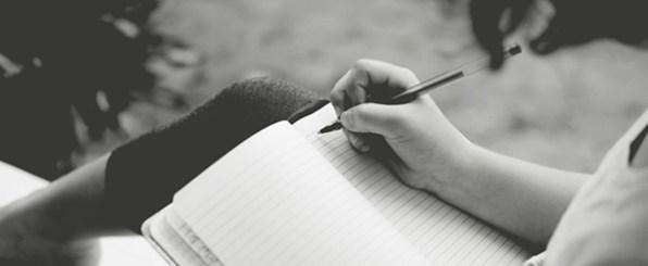 【心理テスト】あなたの手帳はどんなタイプ?