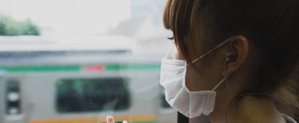花粉症対策!化粧崩れしないストレスフリーの可愛いマスク