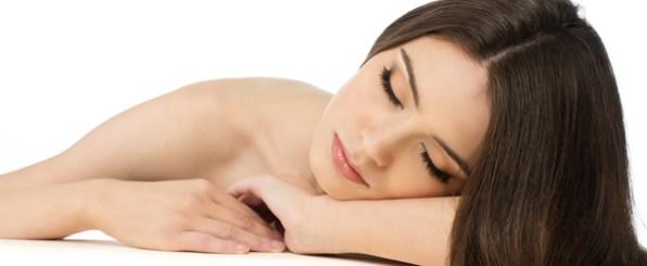 アテニア-ナイトホワイトCCトライアルセット 夜用美白美容液でたっぷり1ヵ月お肌を集中ケア!
