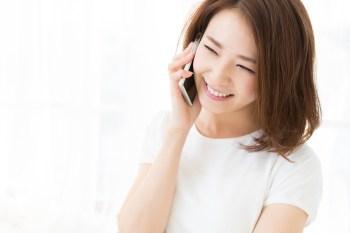 スマホ 電話 女性